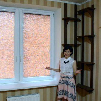 Ролл-шторы: рулонные жалюзи в интерьере, фото, тюль на одном окне в РФ, красивые солнцеотражающие на кухню
