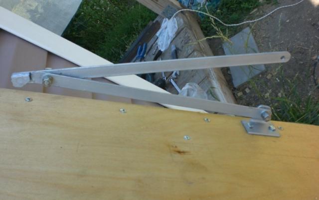 Лестница на чердак раскладная: складная своими руками, чертежи чердачные складывающиеся, люк с электроприводом