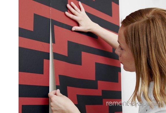 Поклейка обоев своими руками: как самой своими руками, видео, наклейка на стену, оклейка стен, как переклеить