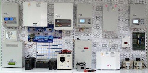 Стабилизатор напряжения для газового котла: как выбрать лучший для отопления, подключение к электросети 220в