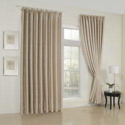 Бежевые шторы: фото в интерьере гостиной, цвет капучино в спальне, занавески в коричневых тонах с беж, портьеры