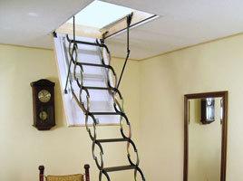 Раздвижная лестница: алюминиевая выдвижная, установка металлической на второй этаж, 12 метров и 9 конструкция