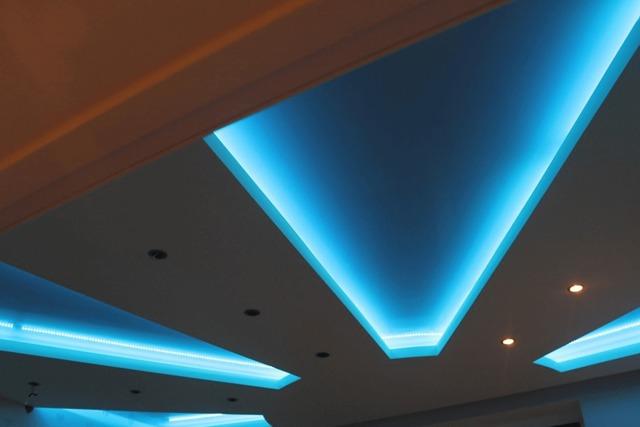 Натяжной потолок с подсветкой: фото, небо со светодиодной подсветкой внутри, фотопечать