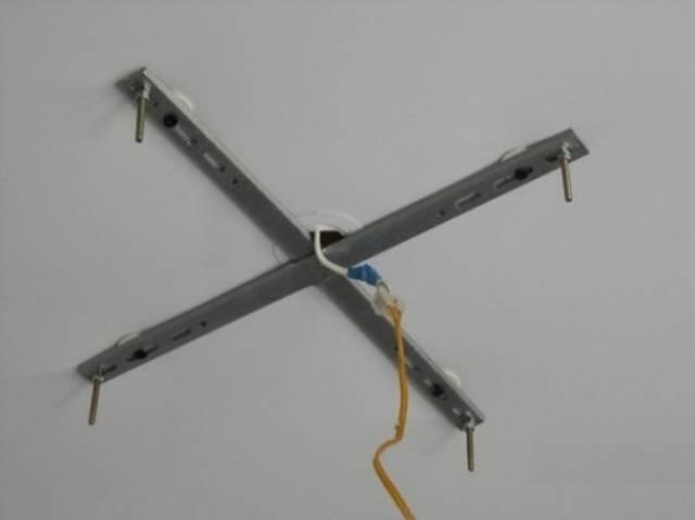 Люстра на гипсокартонный потолок: как повесить, крепление, как закрепить
