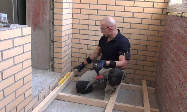 Пол на балконе: своими руками сделать лоджию, деревянный и видео, как постелить устройство, чем дерево покрыть