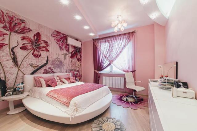 Розовые шторы: фото в интерьере, спальня в ярких тонах, нежно-розовые в цветочек, картинки и грязно-розовые занавески
