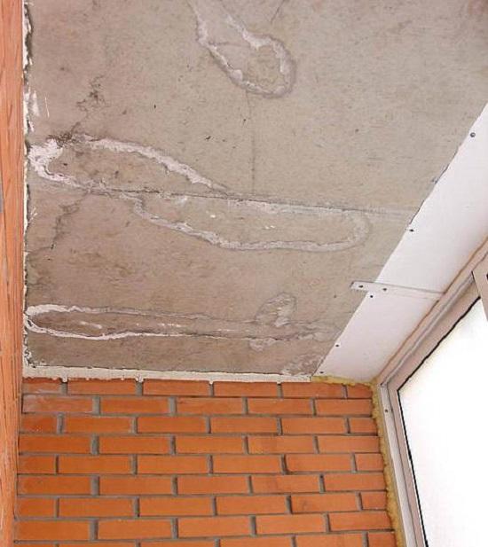 Из чего сделать потолок на балконе: как монтировать обшивку и гидроизоляцию лоджии, видео как своими руками, варианты чем покрасить, фото обрешетки