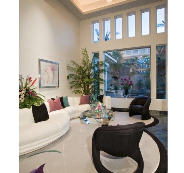 Гостиная в английском стиле: фото интерьера, дизайн маленький, классический зал, диваны кантри в доме