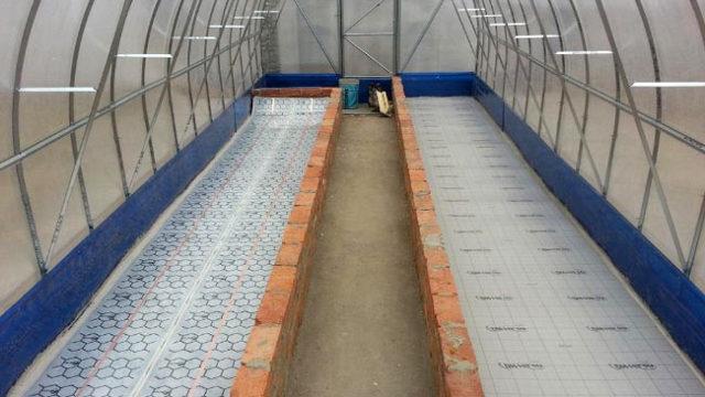 Инфракрасные обогреватели для теплицы из поликарбоната: потолочное отопление, обогрев и отзывы, газовые лампы