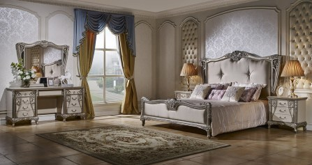 Мебель для спальни в классическом стиле фото: гарнитур белый, шкафы-купе Китай, кресло и диван классика, кровати