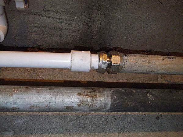 Как вставить металлопластиковую трубу в муфту