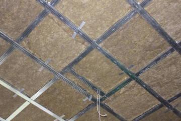Натяжной акустический потолок: clipso, отзывы о звукоизоляции и шумоизоляции, в квартире как сделать