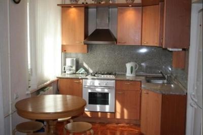 Обои для маленькой кухни в хрущевке фото: для квартиры, расширяющие пространство в интерьере, какие выбрать
