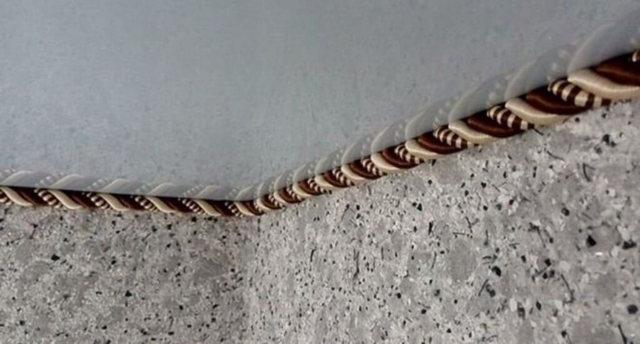 Багет для натяжных потолков: фото как приклеить и как монтировать, размеры, как крепить, виды багетов, ПВХ и установка стенового, пластиковый и бесщелевой