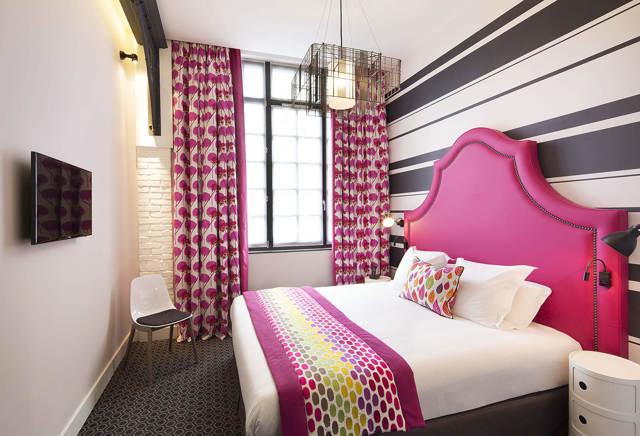 Гардины для спальни: фото красивых штор, какие выбрать дизайн 2020, короткие в интерьере маленькой спальни