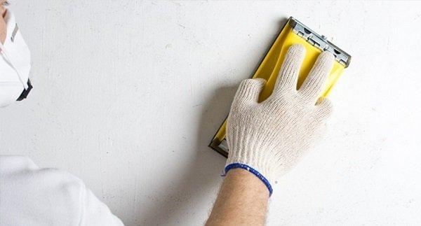 Как выровнять потолок: своими руками, видео выравнивания Ротбандом, материалы для финишной отделки, как скрыть и замаскировать неровности