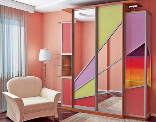 Шкаф-купе и натяжной потолок: встроенный как совместить, что сначала делать, фото вначале и крепление закладной