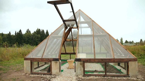 парник из поликарбоната с открывающейся крышей: теплица с раздвижным верхом, фото со сдвижным и съемным поликарбонатом
