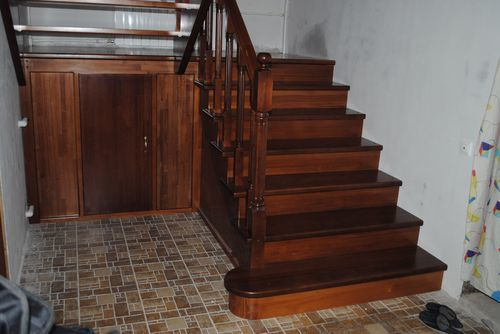 Лестница с площадкой: 180 переходная на веранду, своими руками передвижные, 2 обслуживания ГОСТ, как сделать