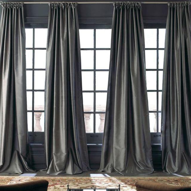Тюль в спальню: фото красивой шторы, как выбрать в каталоге, дизайн ламбрекена, как повесить римские шторы