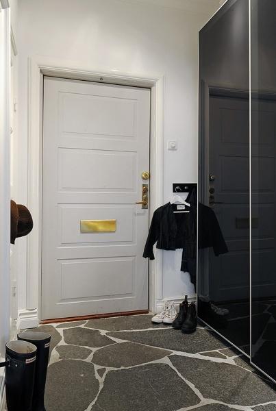 Прихожая в хрущевке интерьер фото: дизайн узкий с обоями, ремонт маленький своими руками, квартира с мебелью