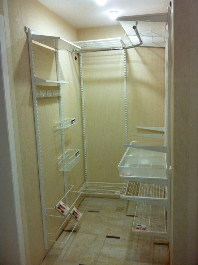 Гардеробная в прихожей: мебель угловая в коридоре, комната со шкафом в однокомнатной квартире, ниша и дизайн