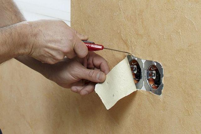 Как правильно клеить обои: оклейка стен после, видео, наклеенные метровые, фото, что нужно одному, правила