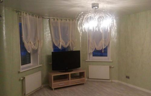 Люстра в зал: фото для интерьера, светильник как выбрать красивый, какую для большого зала, модные две старинные