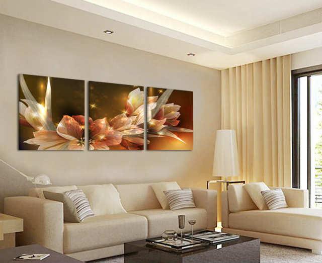 Картины в интерьере гостиной: фото, красивые на стену, в современном и классическом стиле, какие постеры повесить