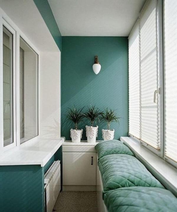 Спальня на балконе: дизайн и фото, место лоджии в квартире, совмещенный интерьер маленькой комнаты, кровать