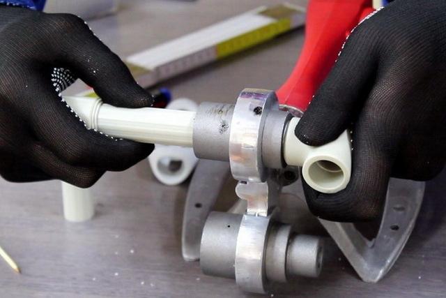 Сварка полипропиленовых труб: пайка и инструкция, как паять правильно, спаять своими руками пластиковые