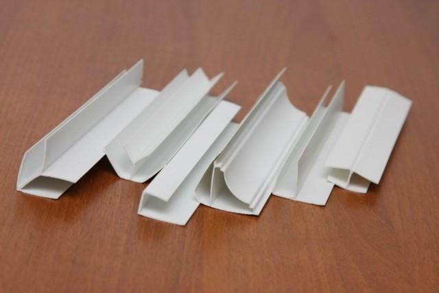 Отделка стен и потолков пластиком: монтаж своими руками, как сделать видео, установка и крепление, как собрать