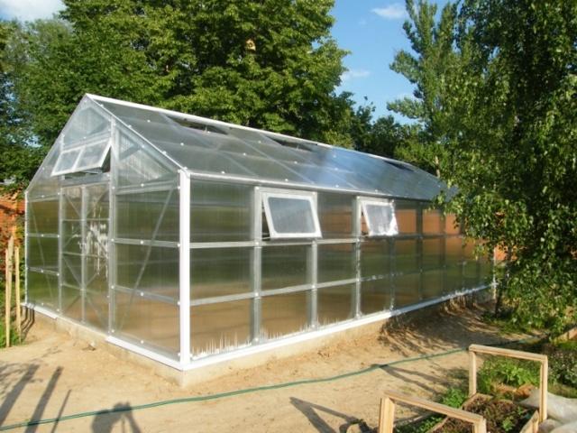 Крыша из поликарбоната для теплицы: как сделать на парнике, покрыть своими руками, пленка вместо крыши, устройство