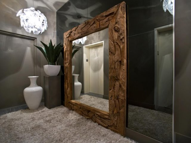 Зеркало в коридор: фото двух с подсветкой, большое, разные дизайны, фигурные в узком, видео и отзывы