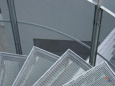 Металлические лестницы: видео и размеры, железных фото, просечка и расчет онлайн, калькулятор конструкции
