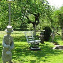 Зона отдыха в саду своими руками: идеи дизайна на фото