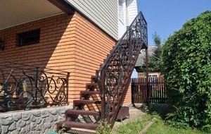 Металлическая лестница на второй этаж: своими руками железные, фото сварных, наружную из металла как сделать