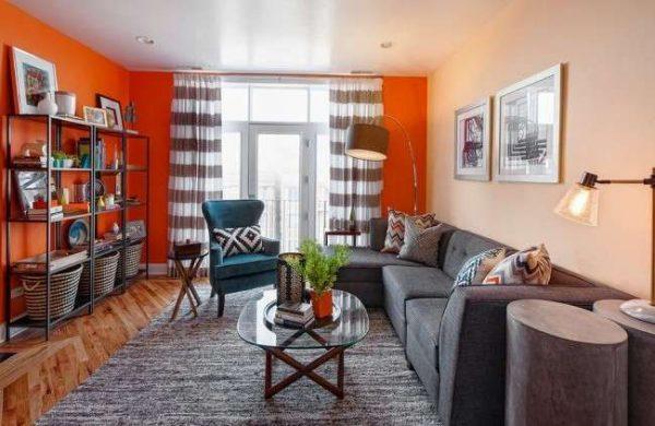 Фото современных стенок в зал: стиль в интерьере, дизайн в квартире, виды оформления гостиной, декор 18 кв. м