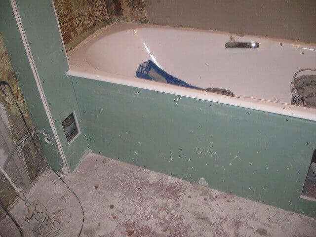 Короб для труб: сделать из гипсокартона, монтаж канализации, пластиковый, сантехнический профиль, разборные плитки