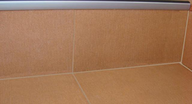Проступи ступеней лестницы: накладки из ковролина, размер противоскользящих, ширина коврика и размеры