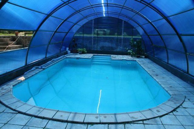 Бассейн в теплице: фото поликарбоната, парник своими руками, каркасный, сделать на даче видео, на дачном участке