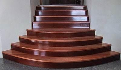 Ступени для лестниц: 6 и две, 5 комфортных, 7 открытых, параметры и формы из пластика и ясеня, глубина ящиков