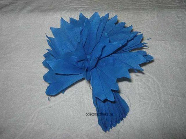 Бумажные цветы для оформления зала: большие для украшения своими руками, помпоны из бумаги, мастер-класс