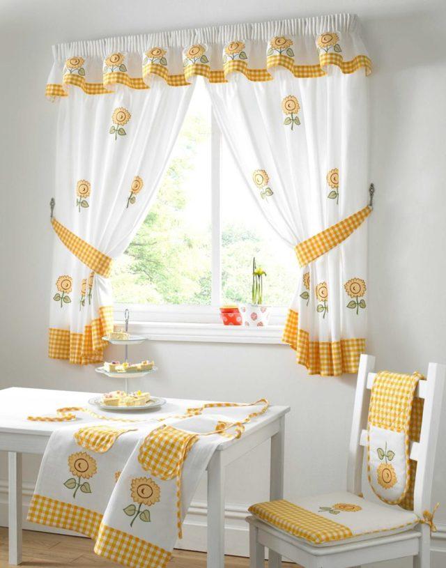 Как подобрать шторы к интерьеру фото: правильный цвет в комнату, подо что подбирают портьеры, жатка и соломенные
