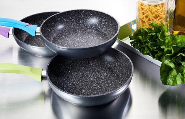 Как выбрать сковороду: из каких материалов сковородки лучше и безопасней, рейтинг и отзывы