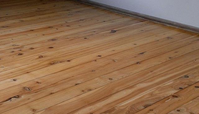Покрываем лестницу лаком: чем обработать деревянную из сосны, паркетный для дома, каким покрасить, фото как правильно, отзывы о матовом алкидном, какой лучше