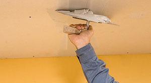 Как шпаклевать потолок под покраску: финишная шпаклевка, видео, перед покраской, чем и как своими руками