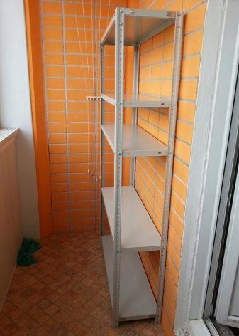 Стеллаж на балкон: своими руками полки, металлические и деревянные как сделать, чем закрыть лоджию, система