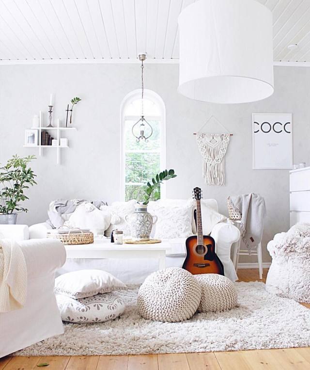 Планировка гостиной: комната зал, решения для дома, фото небольшой мебели, квартира большая и нестандартная
