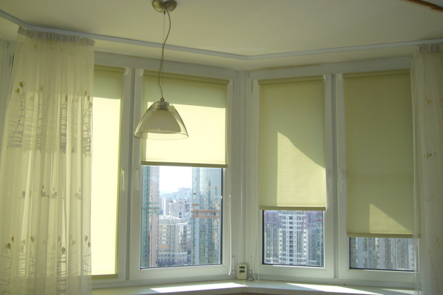 Шторы на лоджию: фото, 6 метров занавески, на балкон своими руками, дизайн шторок, как оформить окна